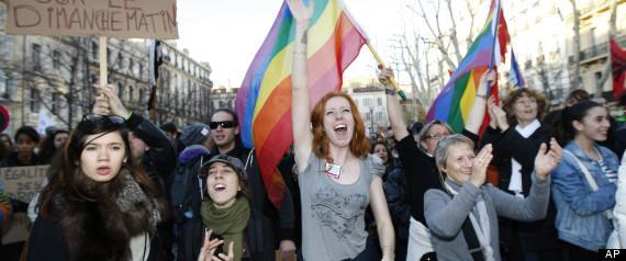 Manifestantes a favor del matrimonio igualitario